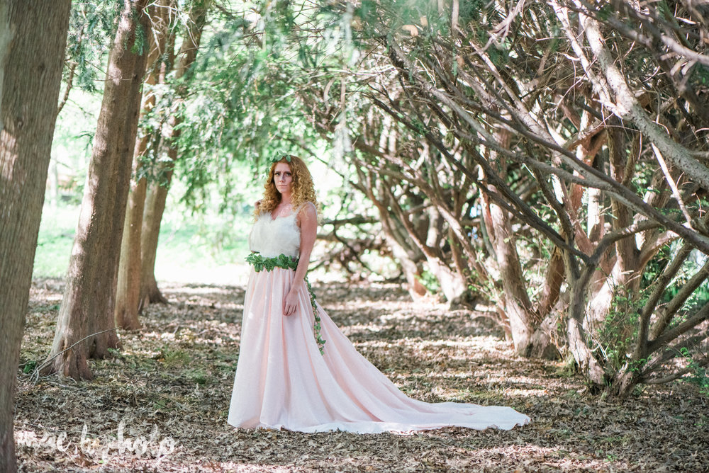 woodland inspired styled shoot in canfield ohio by youngstown wedding photographer mae b photo-1.jpg