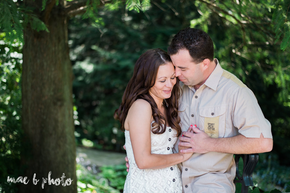 kristy and matt's summer engagement session at mill creek park in youngstown ohio photographed by youngstown wedding photographer mae b photo-1.jpg
