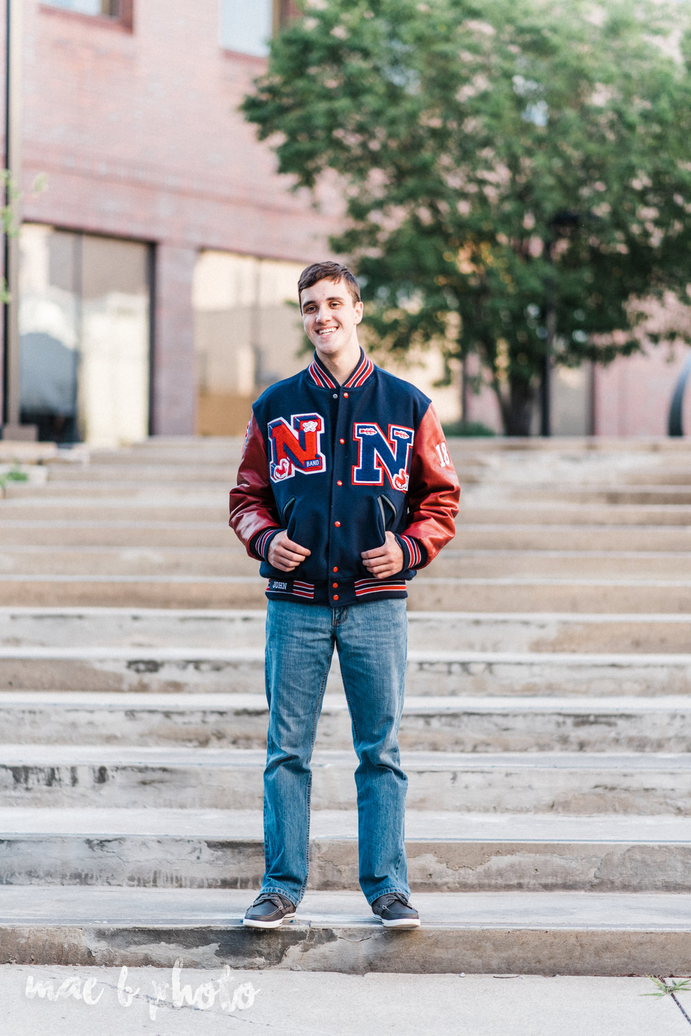 john's summer senior session at youngstown state university and the butler institute of american art in youngstown ohio photographed by youngstown wedding photographer mae b photo-11.jpg