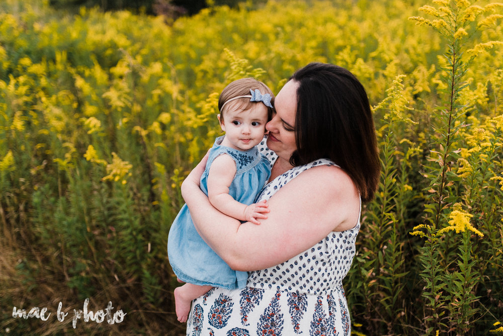 lauren and mike's fall family session and five year anniversary session at mill creek metroparks farm in canfield, ohio photographed by youngstown wedding photographer mae b photo-14.jpg