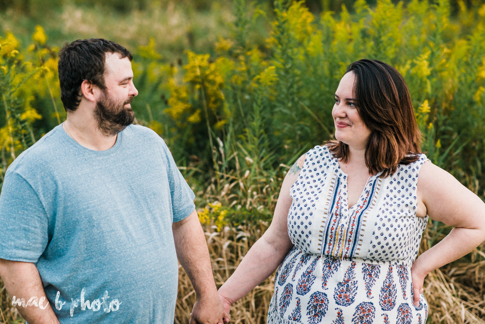 lauren and mike's fall family session and five year anniversary session at mill creek metroparks farm in canfield, ohio photographed by youngstown wedding photographer mae b photo-25.jpg
