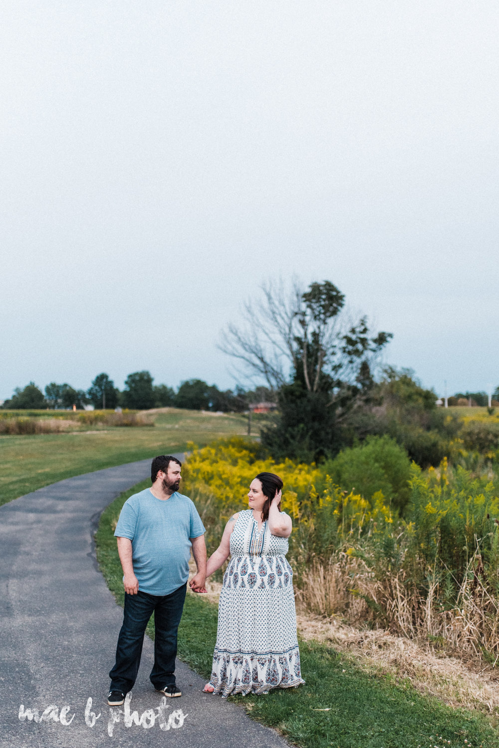 lauren and mike's fall family session and five year anniversary session at mill creek metroparks farm in canfield, ohio photographed by youngstown wedding photographer mae b photo-26.jpg