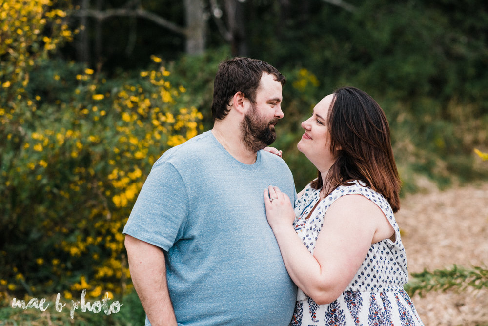 lauren and mike's fall family session and five year anniversary session at mill creek metroparks farm in canfield, ohio photographed by youngstown wedding photographer mae b photo-19.jpg