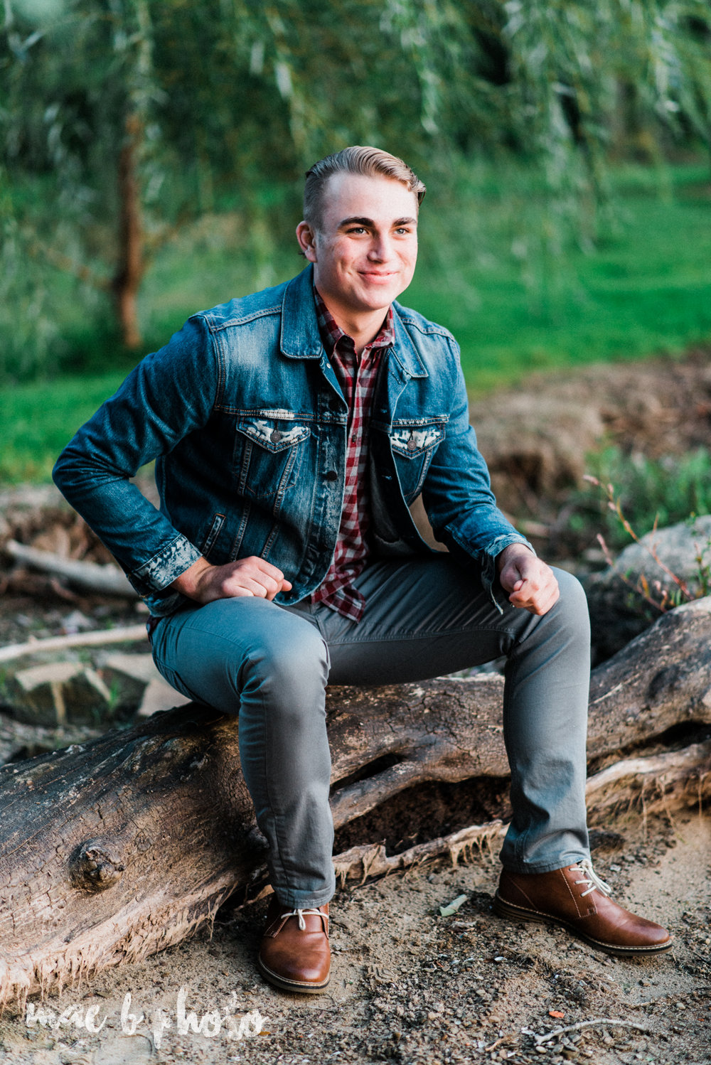 chris's fall senior session at mosquito lake in mecca ohio photographed by youngstown wedding photographer mae b photo-36.jpg