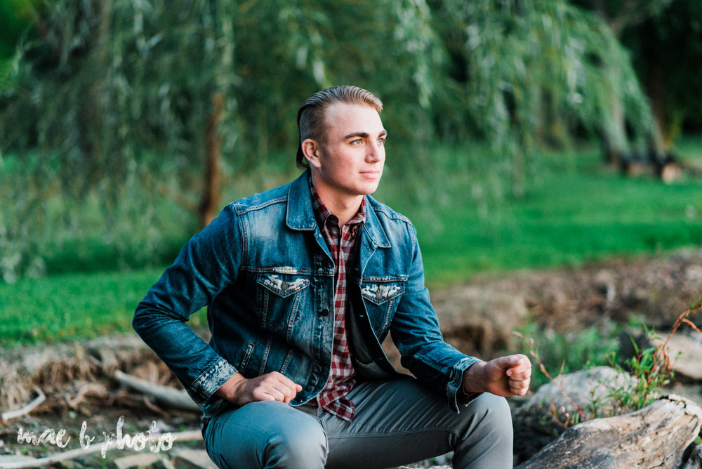 chris's fall senior session at mosquito lake in mecca ohio photographed by youngstown wedding photographer mae b photo-35.jpg
