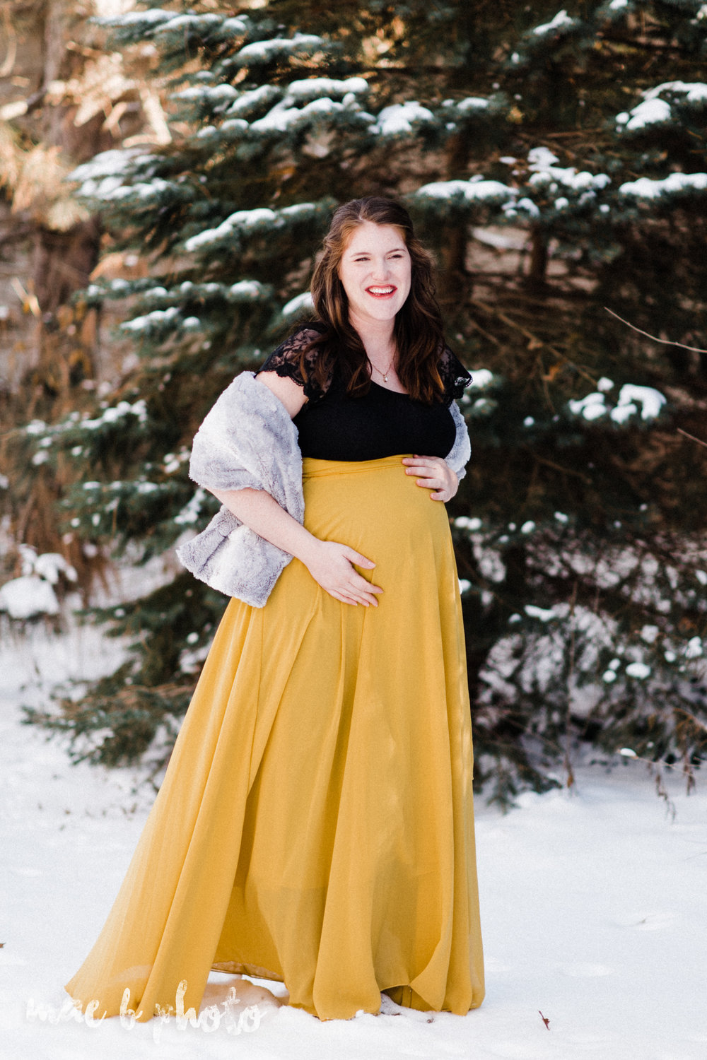 allie's in home lifestyle winter maternity shoot in cleveland ohio photographed by youngstown wedding photographer mae b photo-29.jpg