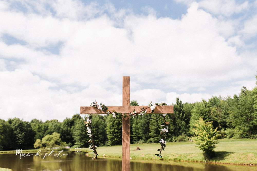 morgan and ryan's intimate outdoor summer winery midwest wedding at hartford hill winery and doubletree by hilton youngstown downtown in hartford ohio photographed by youngstown wedding photographer mae b photo-64.jpg