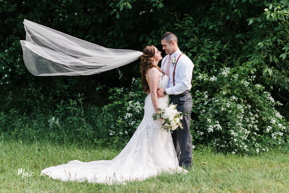 morgan and ryan's intimate outdoor summer winery midwest wedding at hartford hill winery and doubletree by hilton youngstown downtown in hartford ohio photographed by youngstown wedding photographer mae b photo-95.jpg