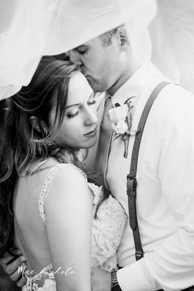 morgan and ryan's intimate outdoor summer winery midwest wedding at hartford hill winery and doubletree by hilton youngstown downtown in hartford ohio photographed by youngstown wedding photographer mae b photo-99.jpg