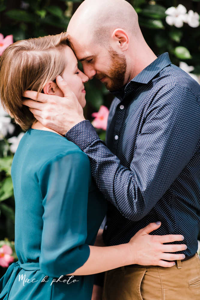 taylor and jame's summer engagement session in german village the loft bookstore and schiller park in columbus ohio photographed by youngstown wedding photographer mae b photo-20.jpg