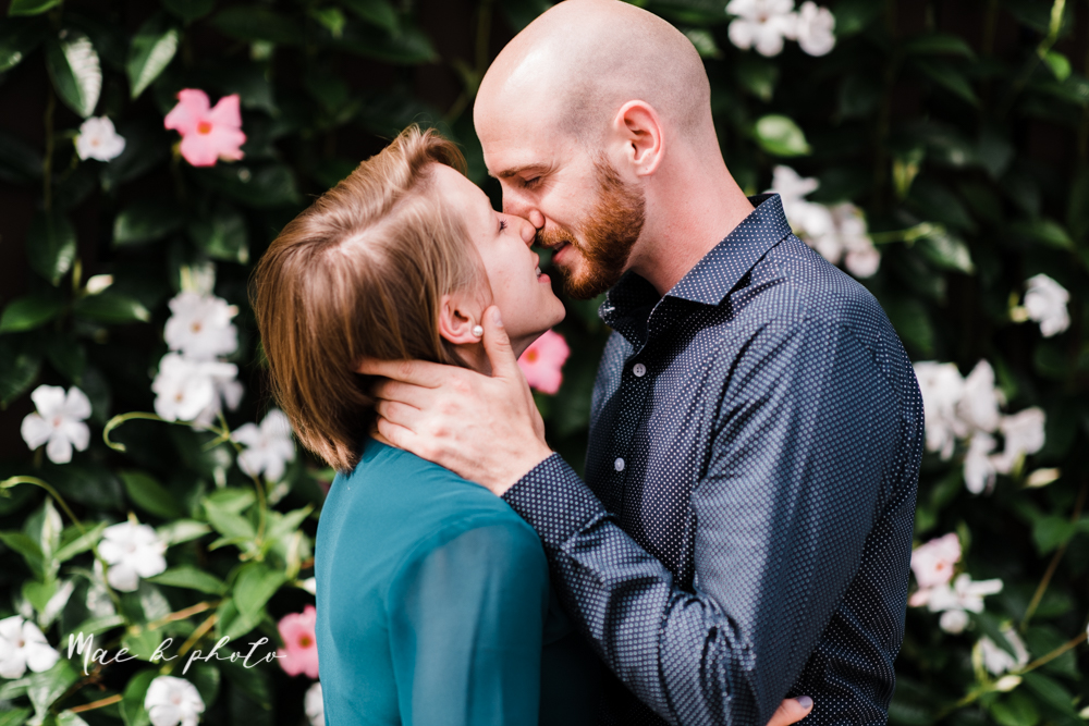 taylor and jame's summer engagement session in german village the loft bookstore and schiller park in columbus ohio photographed by youngstown wedding photographer mae b photo-18.jpg