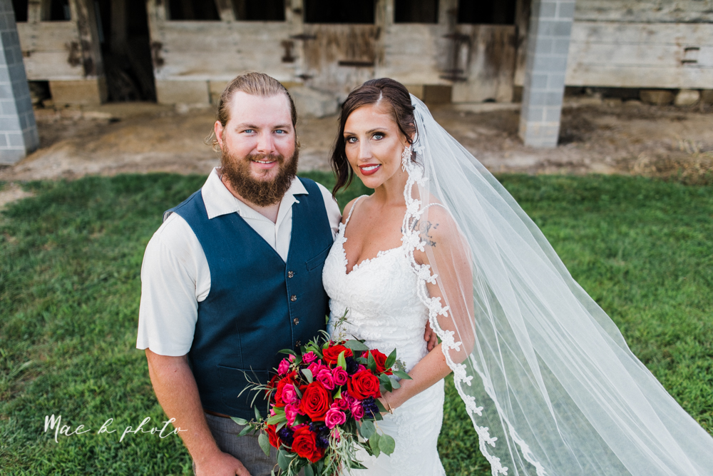 chelsea and jared's simple and elegant rustic barn wedding at my wish weddings in new springfield ohio photographed by youngstown wedding photographer mae b photo-85.jpg