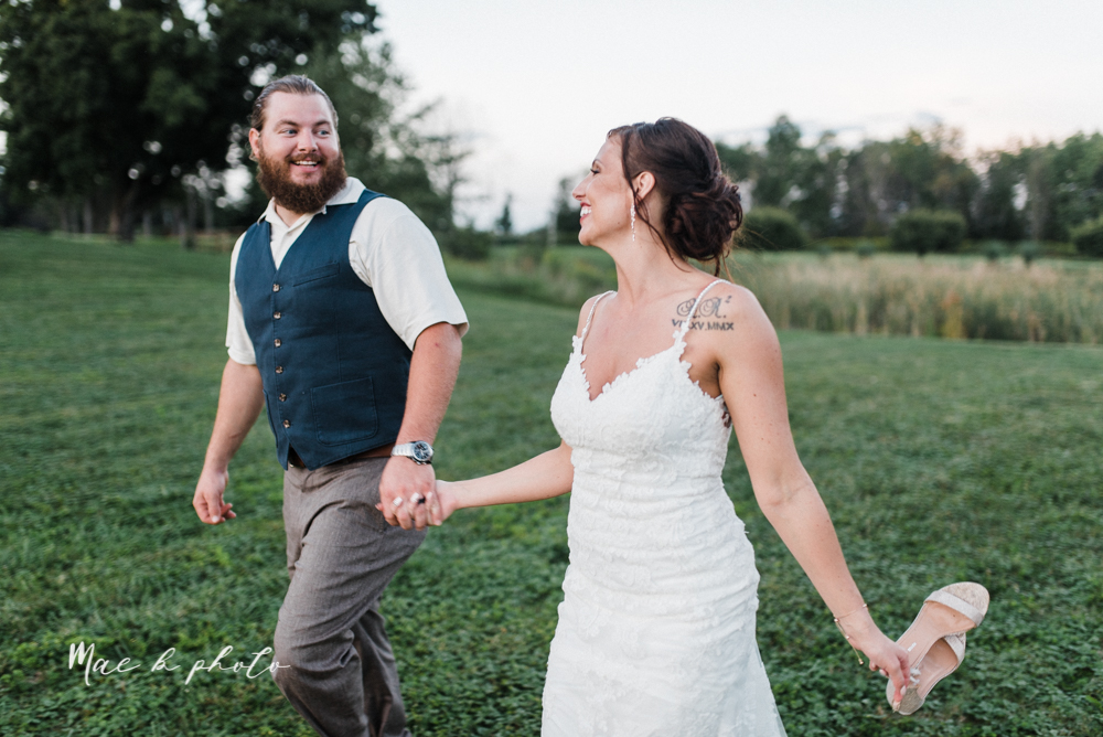 chelsea and jared's simple and elegant rustic barn wedding at my wish weddings in new springfield ohio photographed by youngstown wedding photographer mae b photo-146.jpg