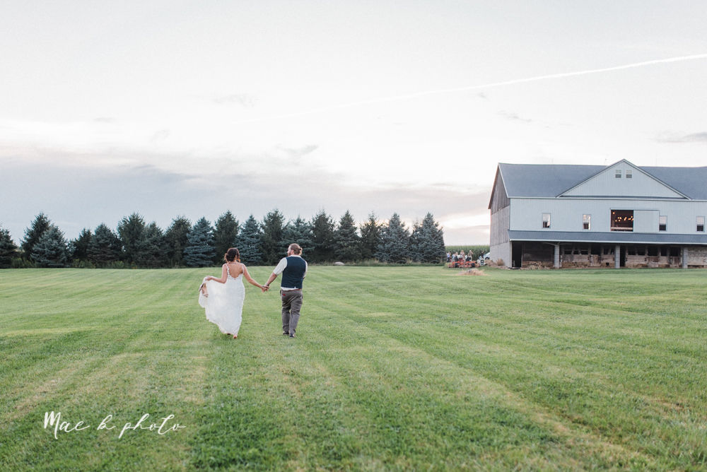 chelsea and jared's simple and elegant rustic barn wedding at my wish weddings in new springfield ohio photographed by youngstown wedding photographer mae b photo-148.jpg