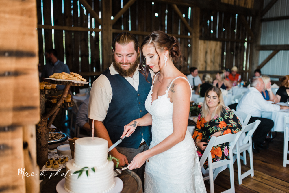 chelsea and jared's simple and elegant rustic barn wedding at my wish weddings in new springfield ohio photographed by youngstown wedding photographer mae b photo-113.jpg