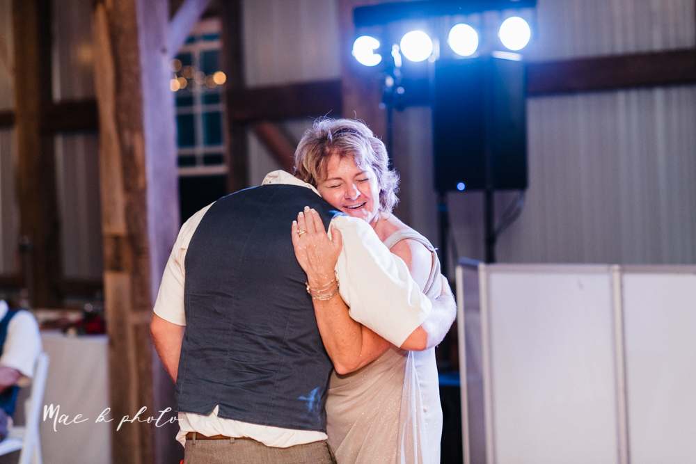 chelsea and jared's simple and elegant rustic barn wedding at my wish weddings in new springfield ohio photographed by youngstown wedding photographer mae b photo-152.jpg