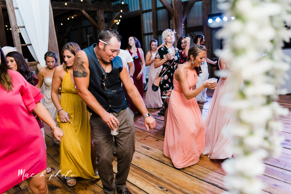chelsea and jared's simple and elegant rustic barn wedding at my wish weddings in new springfield ohio photographed by youngstown wedding photographer mae b photo-164.jpg