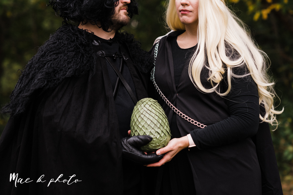 mae and lou's game of thrones fall october halloween pregnancy announcement with dog halloween dragon costumes diy dog costumes diy dragon costumes and daenerys targaryen mother of dragons dragon eggs and jon snow king of the north-11.jpg