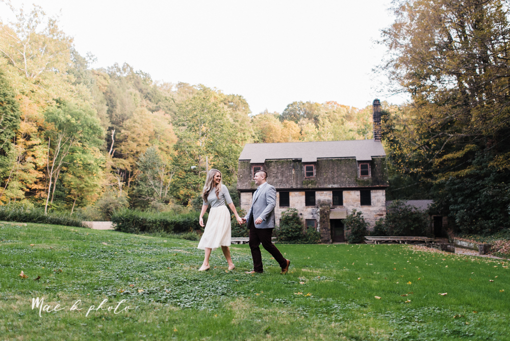 courtney and andy's vintage fall engagement session in mill creek park at pioneer pavilion and lake glacier in youngstown ohio photographed by youngstown wedding photographer mae b photo-31.jpg
