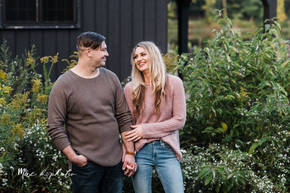 courtney and andy's vintage fall engagement session in mill creek park at pioneer pavilion and lake glacier in youngstown ohio photographed by youngstown wedding photographer mae b photo-48.jpg