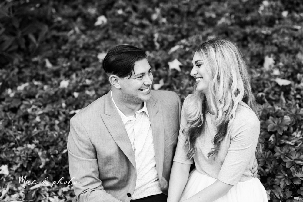 courtney and andy's vintage fall engagement session in mill creek park at pioneer pavilion and lake glacier in youngstown ohio photographed by youngstown wedding photographer mae b photo-14.jpg
