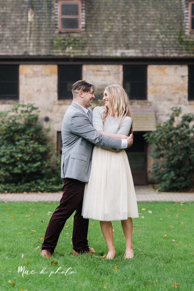 courtney and andy's vintage fall engagement session in mill creek park at pioneer pavilion and lake glacier in youngstown ohio photographed by youngstown wedding photographer mae b photo-32.jpg