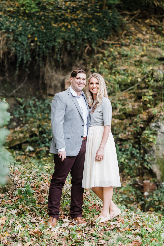 courtney and andy's vintage fall engagement session in mill creek park at pioneer pavilion and lake glacier in youngstown ohio photographed by youngstown wedding photographer mae b photo-1.jpg