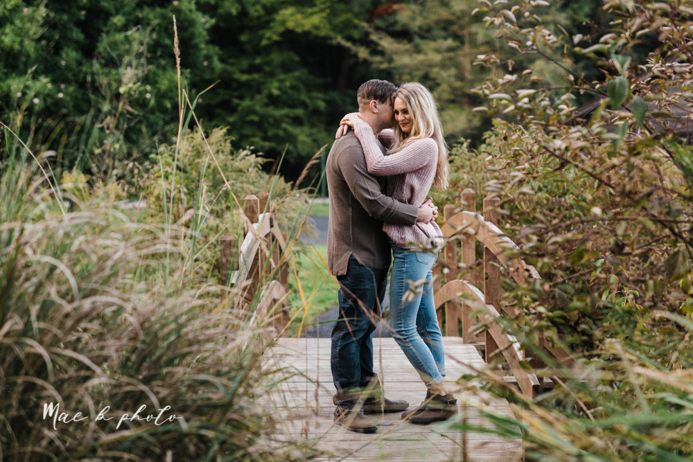 courtney and andy's vintage fall engagement session in mill creek park at pioneer pavilion and lake glacier in youngstown ohio photographed by youngstown wedding photographer mae b photo-35.jpg