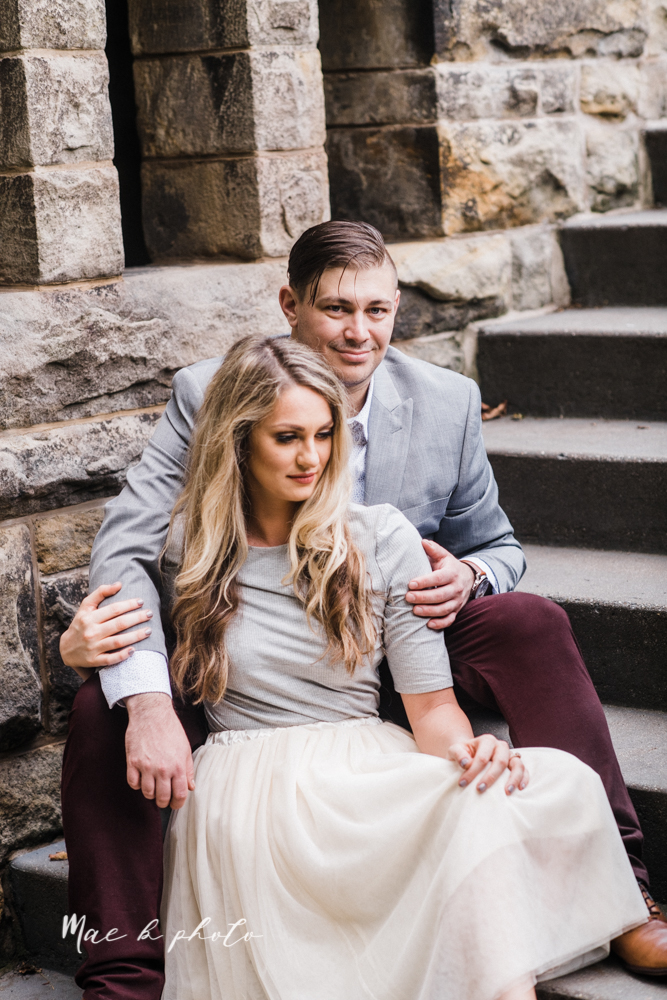 courtney and andy's vintage fall engagement session in mill creek park at pioneer pavilion and lake glacier in youngstown ohio photographed by youngstown wedding photographer mae b photo-26.jpg