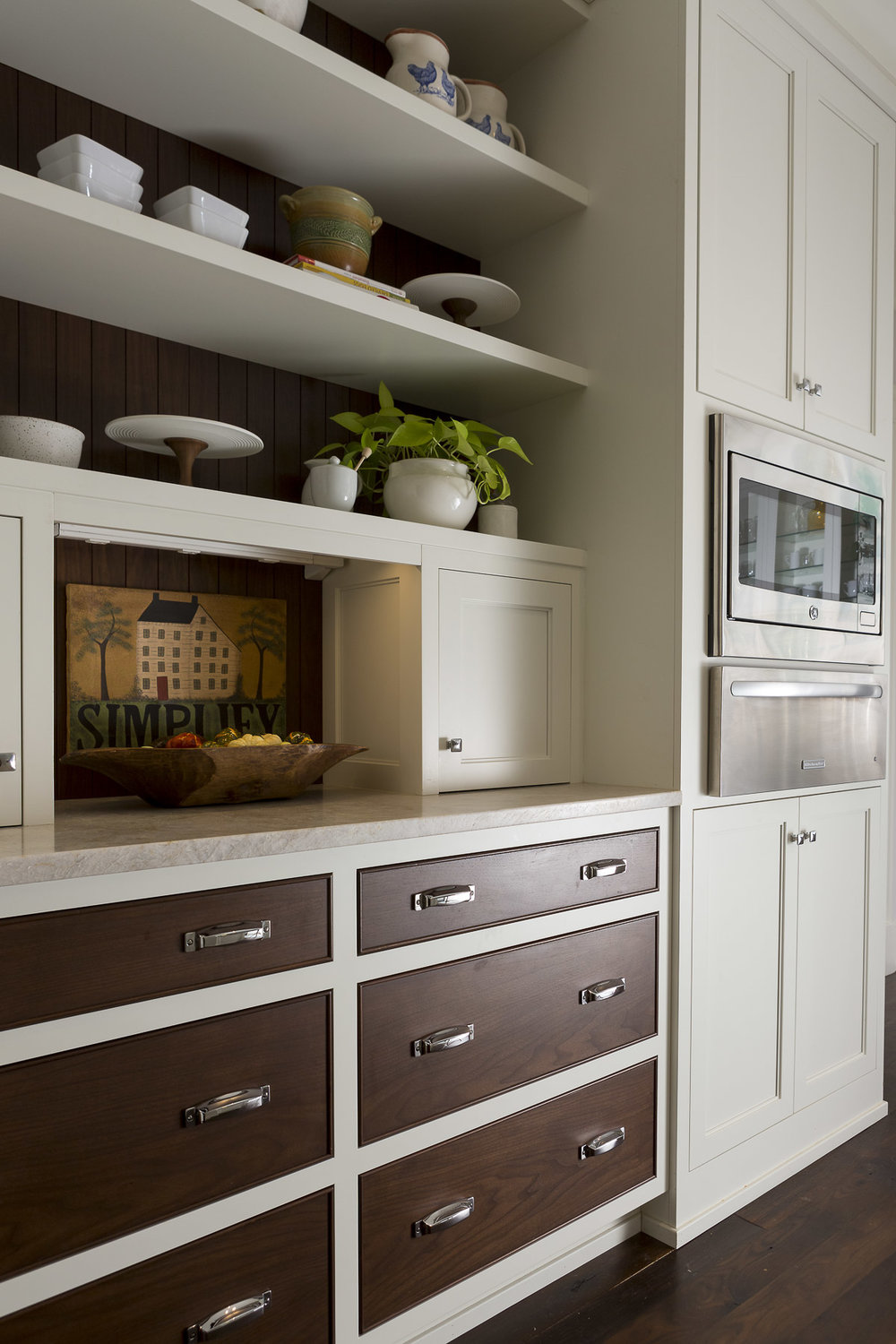 Charlotte_Advertising_Photographer-cabinets-2.jpg