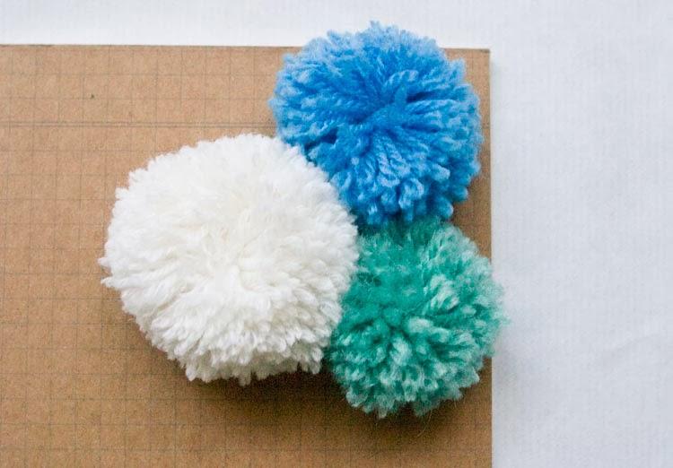 DIY Pom Pom Notebook, mini Pom poms, yarn notebook