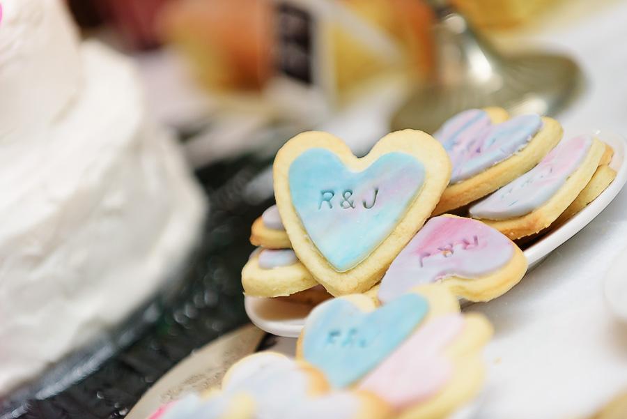 pastel wedding snacks