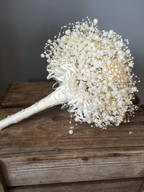 pearl bridesmaids bouquet