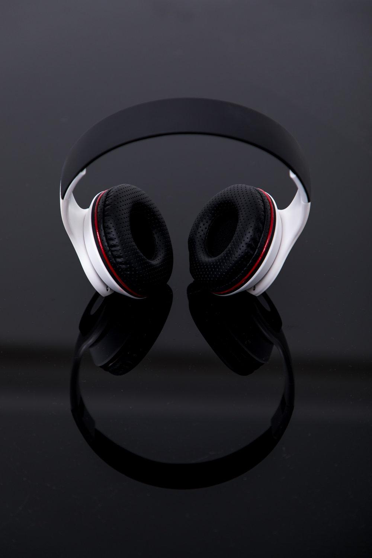 2018.06.08 Genesis.Headphones-3082.jpg