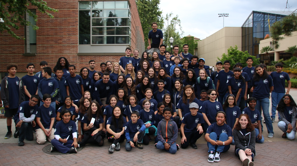 Students and mentors on science fair day at UCLA. Provided by The Bruin Experiment.