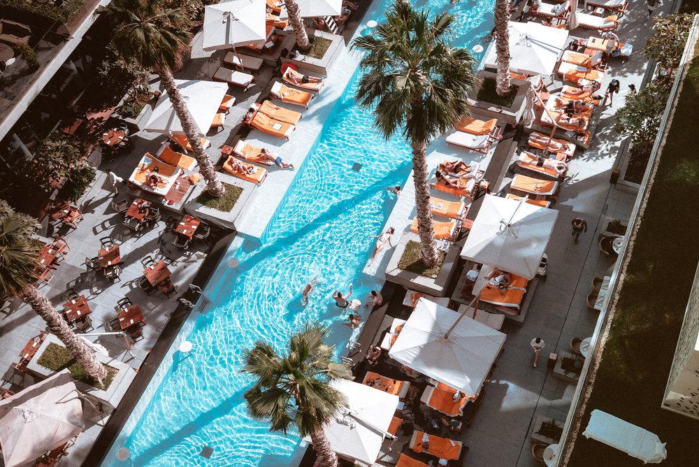 Pool-Party-Dubai-Thomas-Drouault-portfolio.jpg