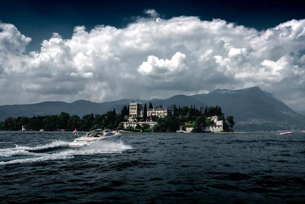 castle-on-garda-lake-italy-thomas-drouault-portfolio.jpg