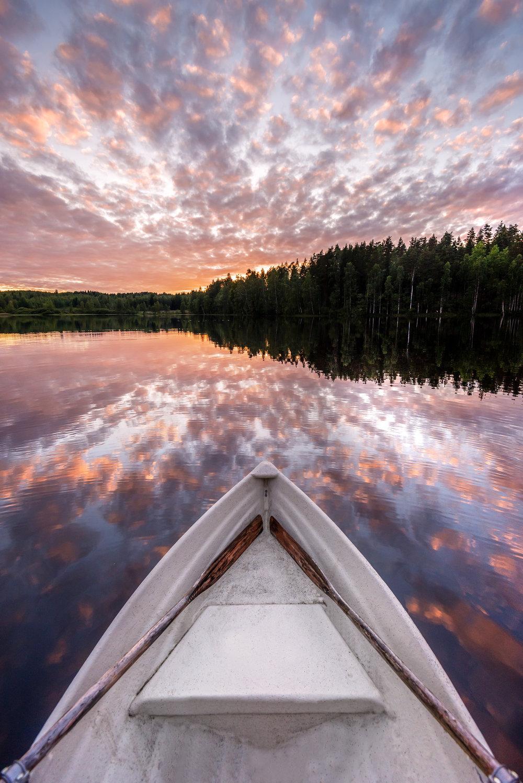 sunset-reflection-rowing-boat-thomas-drouaut-portfolio.jpg