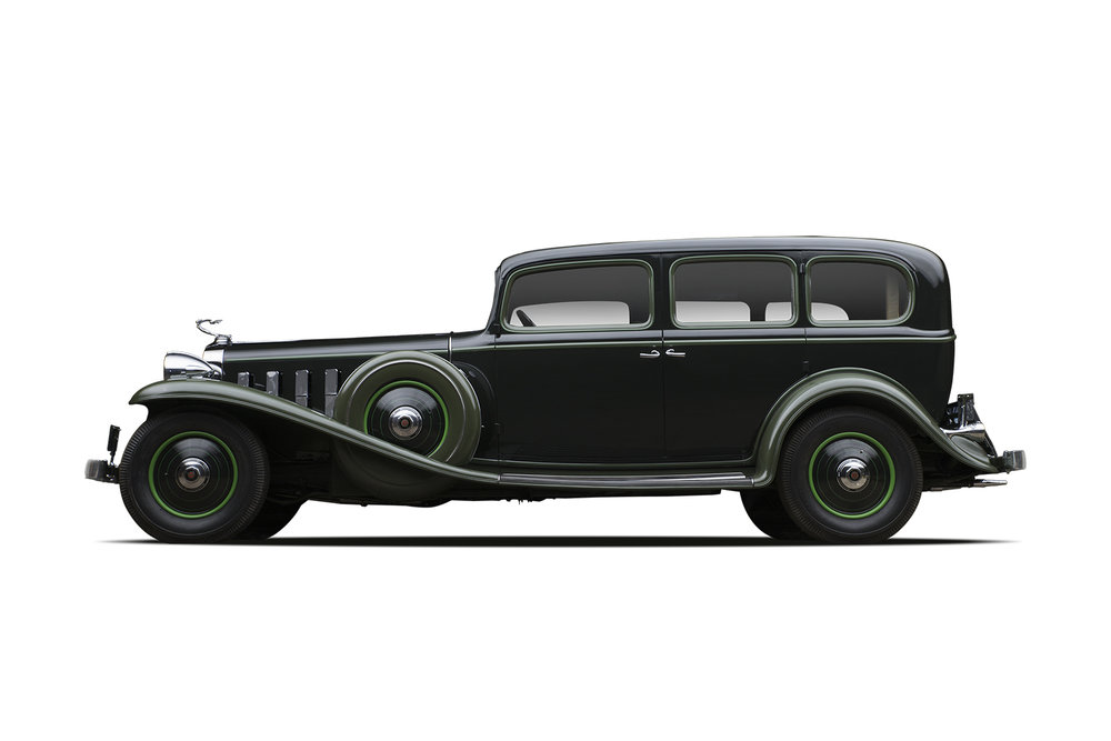 - 1932 Cadillac 452 V16 Imperial Sedan