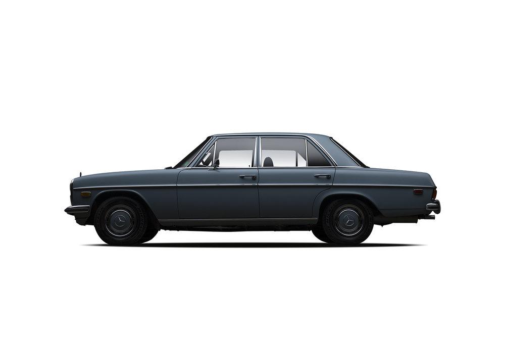 - 1970 Mercedes-Benz 220D