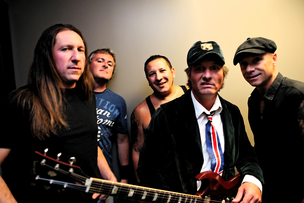 AC/DC TRIBUTE BAND: LIVE WIRE