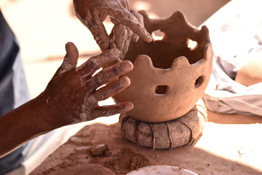 A pottery workshop for Conference Center guests in Hickiwan, a village on the nearby Tohono O'odham reservation