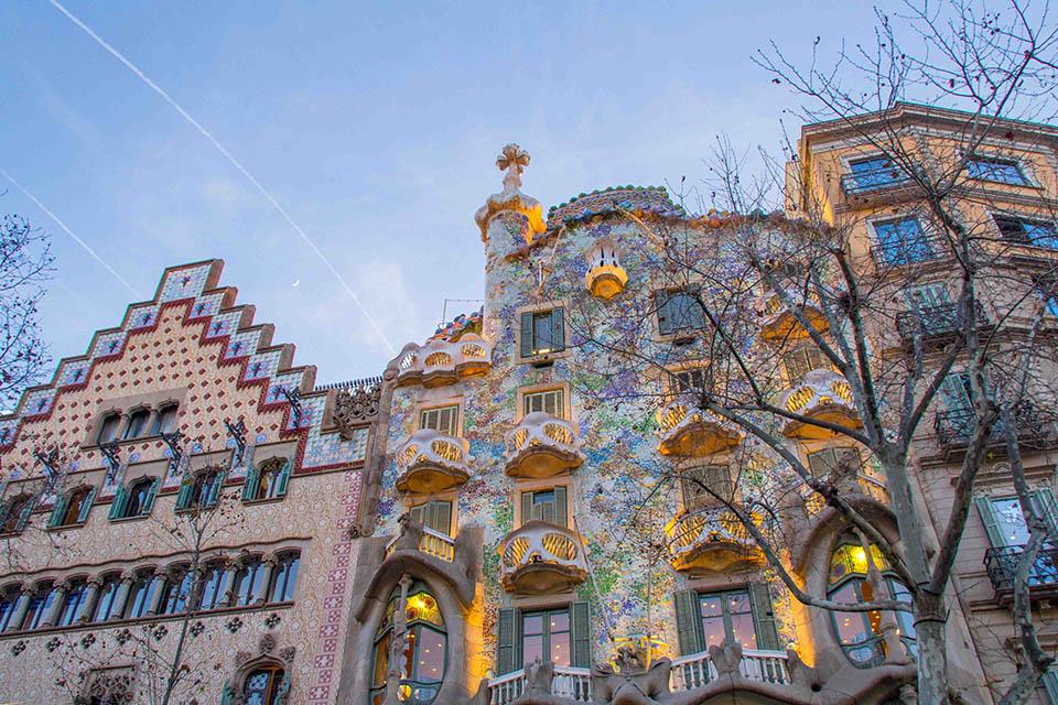 Casa_Batlló_1.jpg