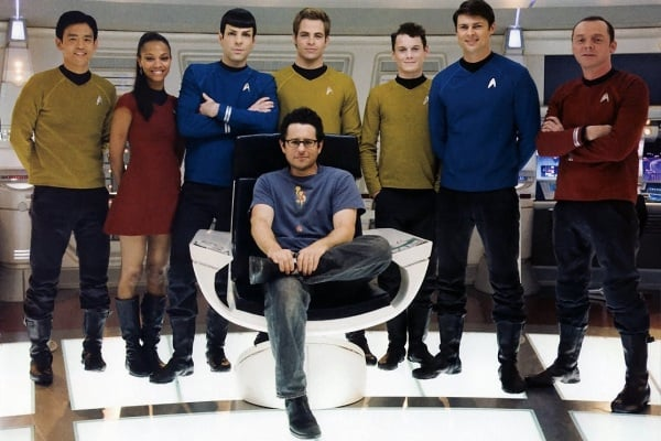 star-trek-cast-and-jj-abrams