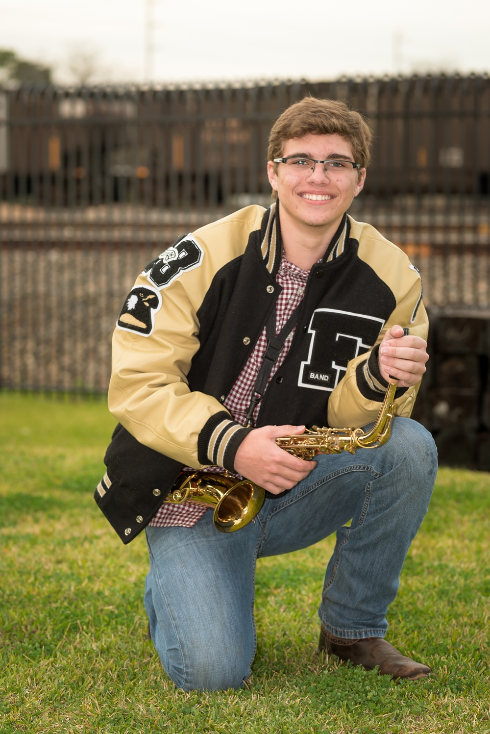 Creations by Jewel_saxophone_senior photos_Foster High School band.jpg