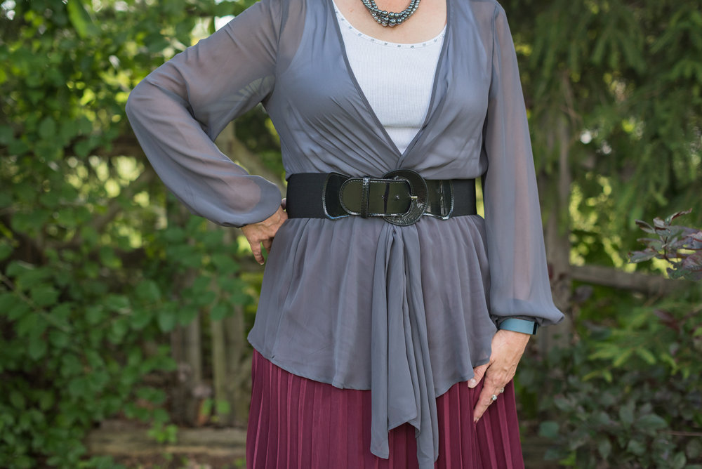 gray-maroon-outfit-17.jpg