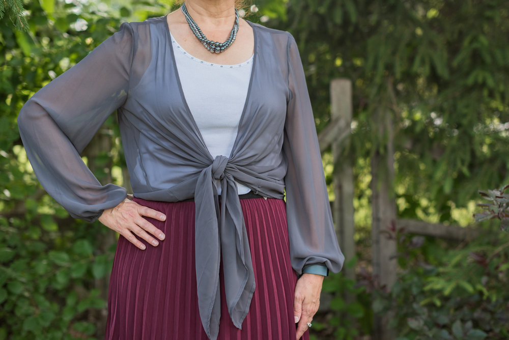 gray-maroon-outfit-19.jpg