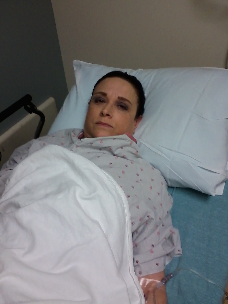 Me looking lovely in the ER!