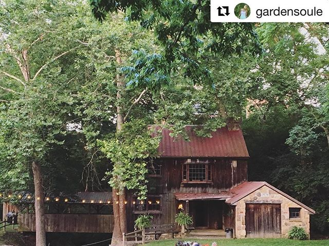 #Repost @gardensoule ・・・ Gorgeous B&B in Oregonia, Ohio @terrapinvillage #venue #bedandbreakfast #river #ohio #relax #retreat #barn #outdoors #love #party #music #location #valley #stream #mill #millhouse #decor #lighting