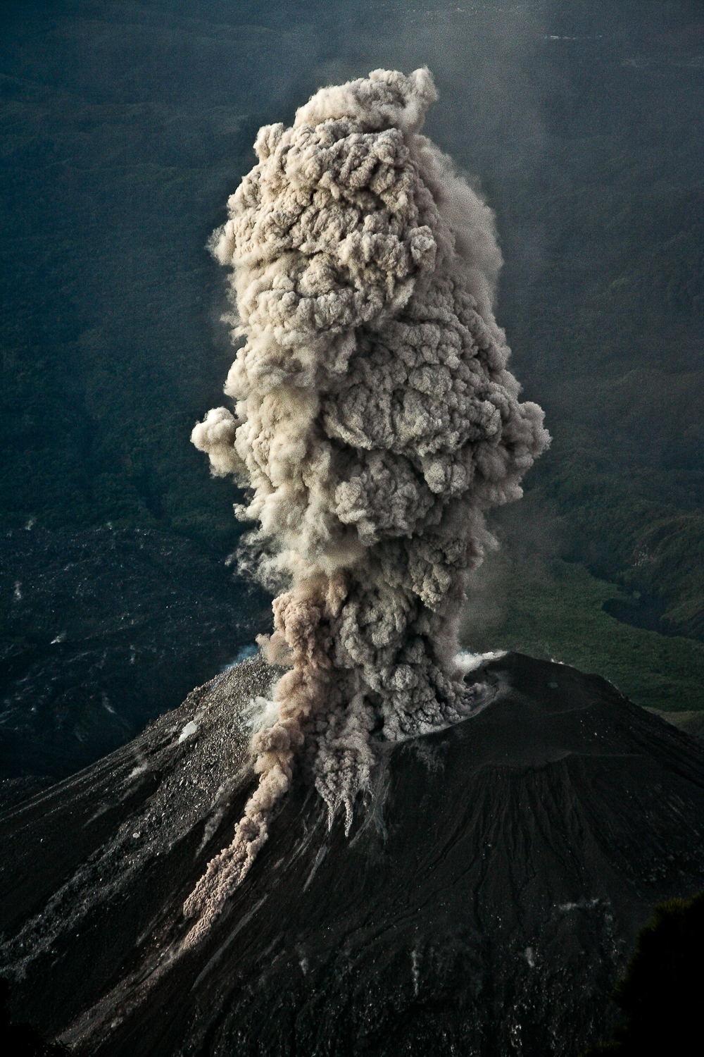 Eruption_morecontrast-999.jpg